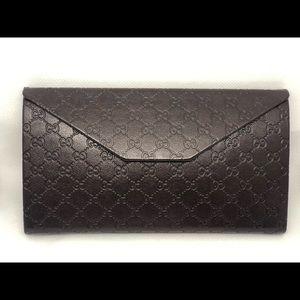 Gucci sunglass case